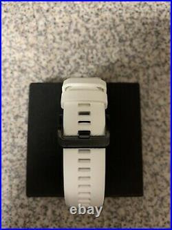 Brand New In Box Garmin Approach s62 gps golf watch